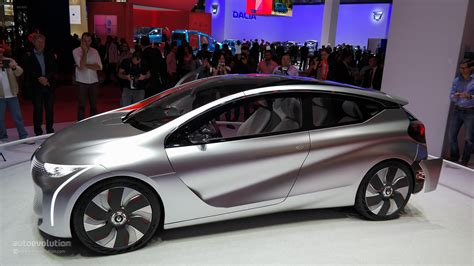 Renault EOLAB Shows Us the Future at Paris Motor Show 2014
