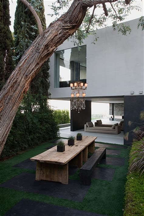 Spectacular Hollywood Hills mansion: Openhouse by XTEN