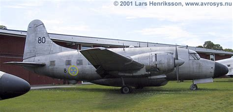 TP 82 Vickers Armstrong Varsity