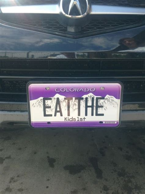30 Funny License Plates - FunCage