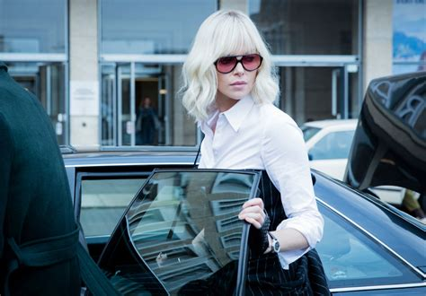 """Charlize Theron kicks ass in """"Atomic Blonde"""" — without"""