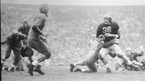 Game of the Year of the Day, 1940: Minnesota 7, Michigan 6